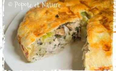Tourte croustillante au poulet, pâtes, champignons et courgettes