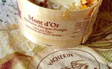Risotto au Mont d'Or, abricots secs et noisettes