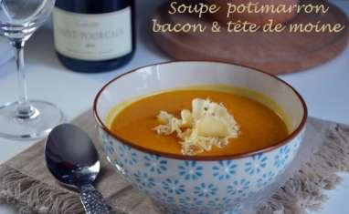 Soupe de potimarron au lard et à la tête de moine