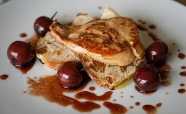 Foie gras poêlé aux cerises