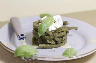 Nids de haricots verts au pesto et feta