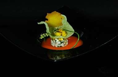 Mi-cuit de skrei et concentré de carottes épicées Tuiles et mangue