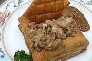 Feuilleté d'andouillette de Troyes à la moutarde ancienne