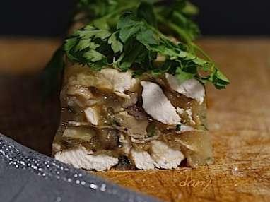 Dinde aux marrons et au foie gras en gelée