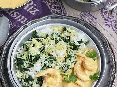 Curry de gambas et son riz sauté aux épinards