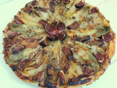 Tarte aux endives, poires, figues et roquefort