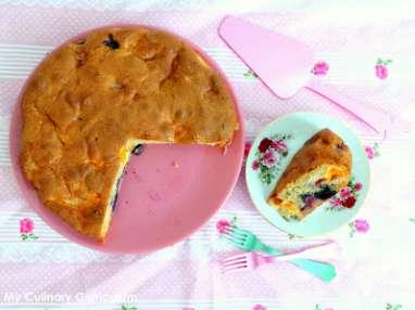 Gâteau fraises, abricots, myrtilles
