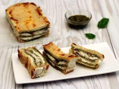 Croque-cake au pesto, jambon cru et mozzarella