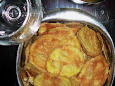 Chips légères de pomme de terre aux sel de mer aromatisé aux herbes aromatiques & piment d'Espelette