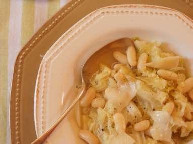 Soupe au chou et aux haricots