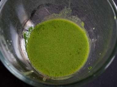 Jus vert épinard, roquette, basilic