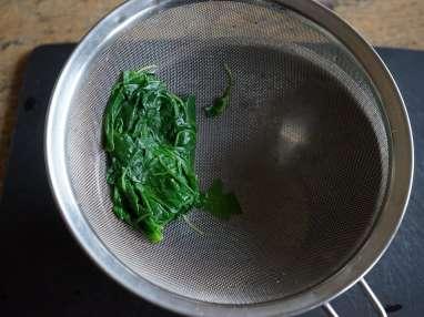 Jus vert épinards roquette et basilic - Etape 4