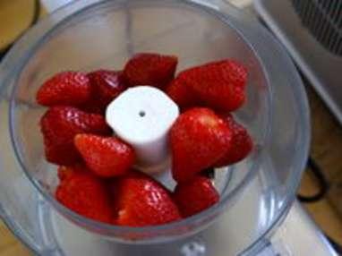 Glace à la fraise et au fromage blanc - Etape 3