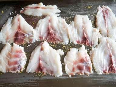 Salade de bar tiède à l'huile de noisette - Etape 5