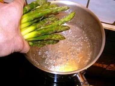 Eplucher et cuire des asperges vertes surgelées - Etape 6