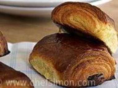 Croissants et pains au chocolat - Découpe et cuisson - Etape 11