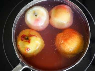 Pocher des fruits au sirop - Etape 4
