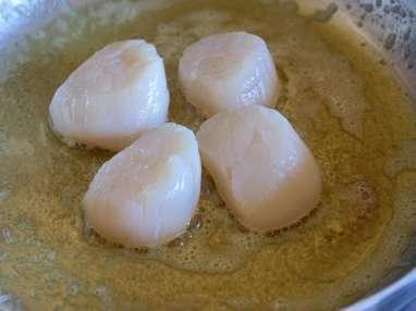 Noix de saint Jacques sur crème de fèves - Etape 3