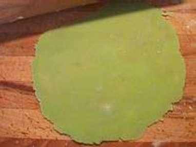 feuilles en pte damande etape 2 - Comment Colorer La Pate D Amande