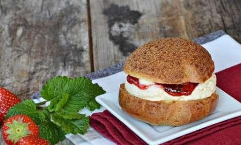 Choux fraises vanille mélisse
