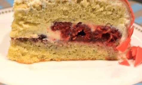 Gâteau d'anniversaire framboises et vanille