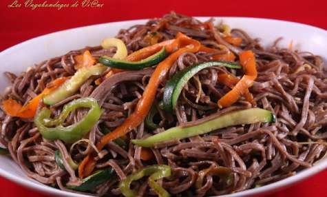 Nouilles soba aux légumes