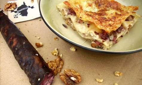 Lasagnes figatelli, brocciu et noix