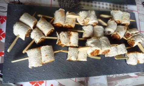 Minis roulés sardines et tomates séchées