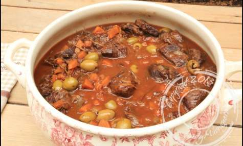 Sauté de joues de bœuf aux olives