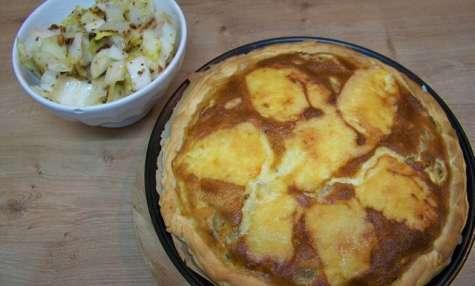 Tarte aux endives, gratinée au Maroilles et sa salade de chicons à la moutarde ancienne