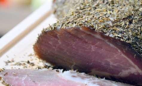 Rôti de porc salé aux Herbes et Provence