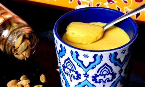Crème de mangue à la cardamome
