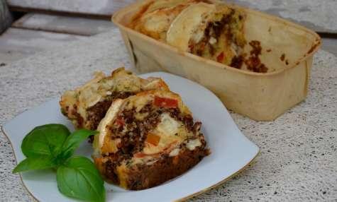 Cake tomates, chèvre, tapenade, basilic