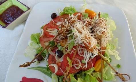 Croustillants de langoustines sur lit de salade estivale au vinaigre fruité citron de Menton