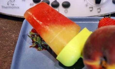 Glace à l'eau fraise et pêche au thermomix facile et rapide