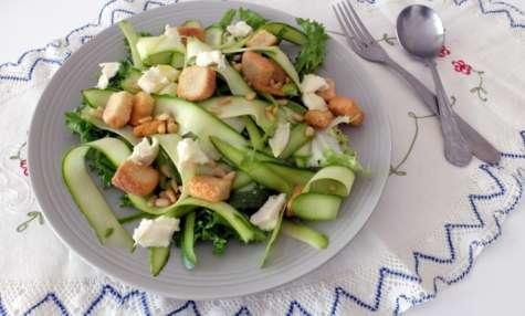 Lamelles de courgettes en salade