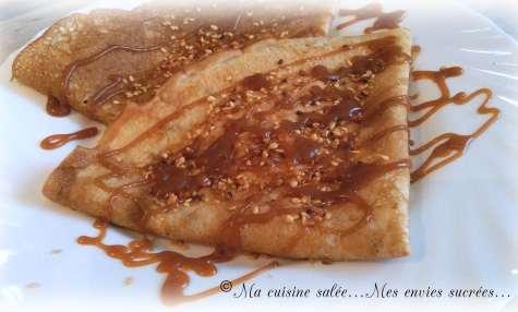 CRÊPES AU CARAMEL BEURRE SALÉ- GRAINES DE SÉSAME - Ma cuisine salée ... Mes envies sucrées ...