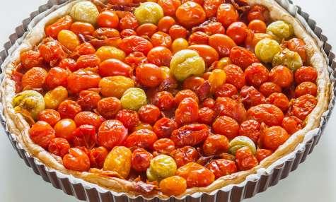 Tarte aux tomates cerises et au jambon sec