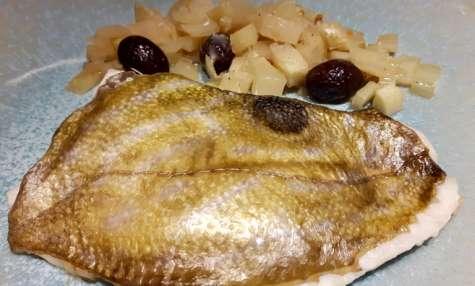 Filets de Saint Pierre au fenouil et aux olives noires