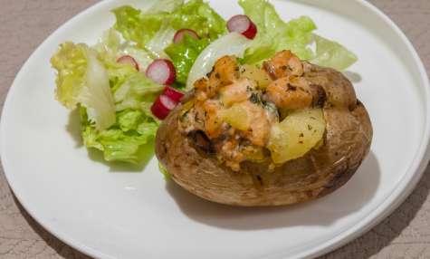 Pommes de terre au four au saumon et champignons