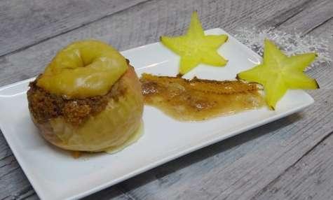 Pommes au four à la cannelle, spéculoos et aux amandes