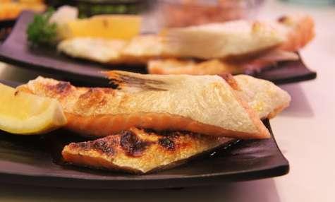 Saumon à la purée de poivron et chou chinois