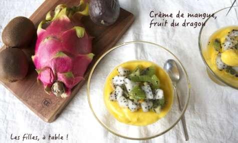 Crème de mangue, salade au fruit du dragon, kiwi et fruit de la passion