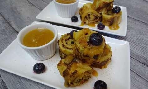 Crêpes roulées aux pommes façon Tatin, coulis pommes caramel à la fleur de sel