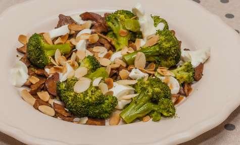Poêlée de brocolis aux champignons