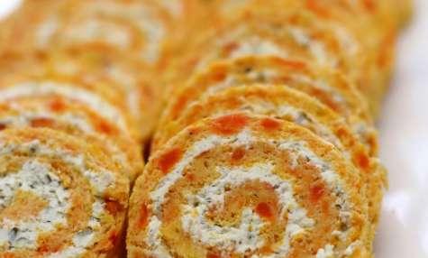 Roulé salé à la carotte et fromage frais