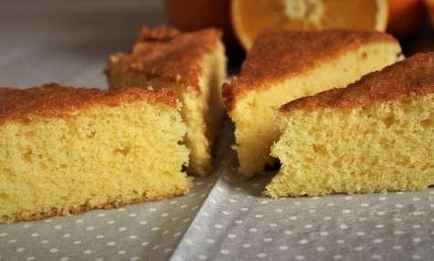 Gâteau léger et moelleux au jus d'orange