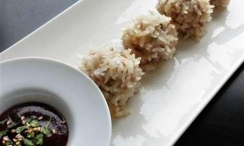 Hérissons au porc ou boulettes de perles au porc et au riz gluant