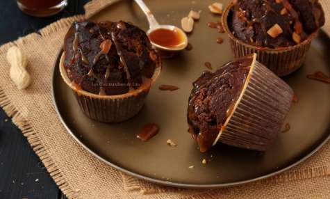 Muffins chocolat cacahuètes caramel au beurre salé