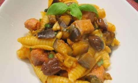 Pâtes siciliennes aux aubergines et à l'espadon